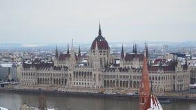 Edifício húngaro do parlamento em Budapest video estoque
