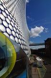 Edifício moderno de Selfridges em Inglaterra fotos de stock
