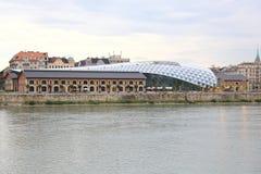 Edifício moderno novo Imagem de Stock Royalty Free