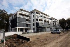 Edifício moderno sob a construção Imagem de Stock Royalty Free