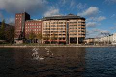 Edifício na água Fotografia de Stock Royalty Free