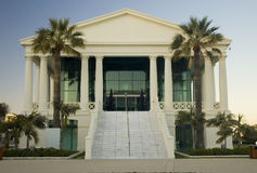 Edifício neo-classic mediterrâneo fotos de stock