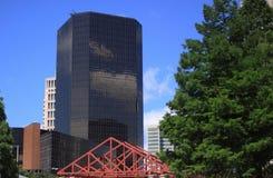 Edifício preto do espelho foto de stock