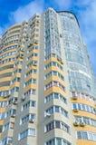 Edifício residencial novo foto de stock