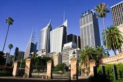 Edifícios altos dos arranha-céus da cidade de Sydney. Imagens de Stock Royalty Free