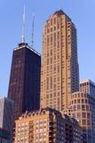 Edifícios de apartamento de Chicago Imagem de Stock Royalty Free