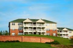 Edifícios de apartamento do condomínio Imagem de Stock