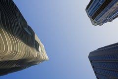 Edifícios de apartamento em Chicago imagem de stock