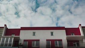 Edifícios de apartamento modernos video estoque