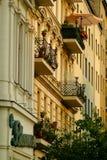 Edifícios de apartamento velhos Foto de Stock Royalty Free