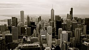 Edifícios de Chicago preto e branco Fotos de Stock Royalty Free