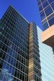 Edifícios de vidro e de aço azuis Foto de Stock Royalty Free