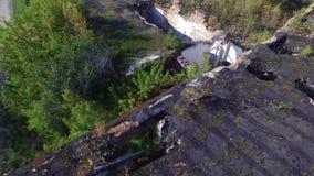 Edifícios destruídos Tiro aéreo video estoque