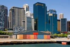 Edifícios do cais & da cidade Imagem de Stock Royalty Free