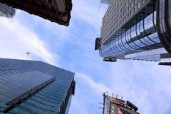 Edifícios elevados da ascensão Fotografia de Stock