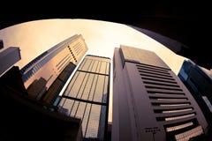 Edifícios elevados da ascensão de Hong Kong imagem de stock
