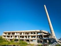 Edifícios industriais abandonados Fotos de Stock