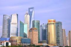 Edifícios modernos do negócio como o marco em Shanghai Imagem de Stock