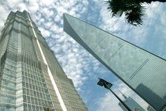 Edifícios modernos em shanghai Fotos de Stock Royalty Free