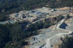 Edifícios na mina de ouro imagens de stock royalty free