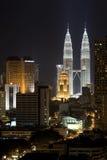 Edifícios na noite Imagem de Stock