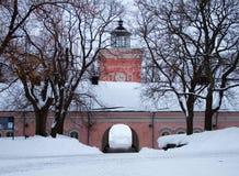 Edifícios velhos no console de Suomenlinna Fotos de Stock Royalty Free