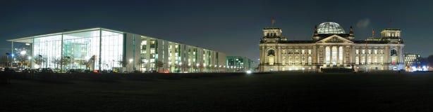 Edifícios Berlim do governo, Alemanha Fotografia de Stock Royalty Free