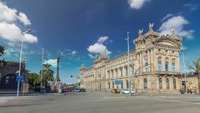 Edifici de Λα Duana στο λιμένα της Βαρκελώνης timelapse hyperlapse, Ισπανία φιλμ μικρού μήκους