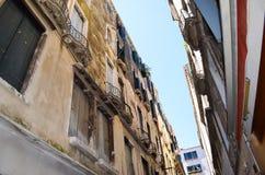 Edifici di Tipical a Venezia, Italia fotografia stock