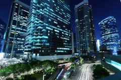 Edifici per uffici alla notte Immagine Stock Libera da Diritti