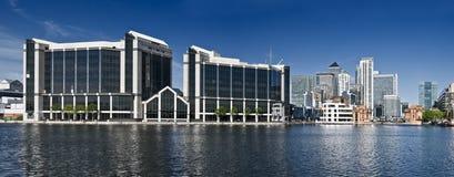 Edifici per uffici corporativi fotografie stock libere da diritti