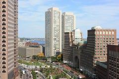 Edifici per uffici dell'orizzonte di Boston Immagini Stock