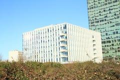 Edifici per uffici moderni Immagini Stock Libere da Diritti