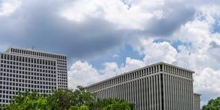 Edifici per uffici in una città immagine stock libera da diritti
