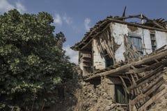 Edificio abandonado dañado Fotos de archivo