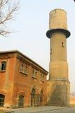 Edificio abandonado en una fábrica Imagen de archivo libre de regalías
