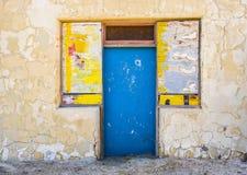 Edificio abandonado viejo en el empalme de Death Valley Foto de archivo libre de regalías
