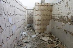 Edificio abandonado y abandonado Fotos de archivo libres de regalías