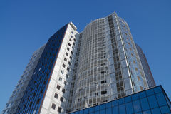 Edificio alto moderno Imágenes de archivo libres de regalías