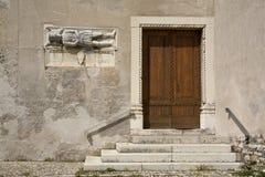 Edificio antiguo en Feltre, Véneto, Italia Imágenes de archivo libres de regalías
