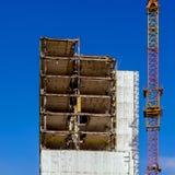 Edificio bajo demolición Imagenes de archivo