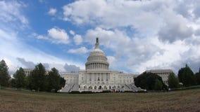 Edificio capital de Estados Unidos, congreso - el Washington DC granangular enfoca adentro almacen de metraje de vídeo