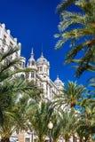 Edificio Carbonell,一个历史建筑在阿利坎特,西班牙 在1918年修造 免版税库存照片
