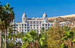 Edificio Carbonell, uma construção histórica em Alicante, Espanha Construído em 1918 Foto de Stock Royalty Free