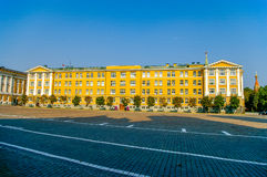 Edificio cercano cuadrado de Ivanovskaya 14to de Moscú el Kremlin, Rusia Fotos de archivo libres de regalías