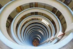 Edificio circular en Hong Kong, estado de Lai Tak imagenes de archivo