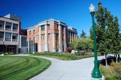 Edificio clásico de la universidad Fotos de archivo