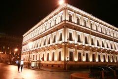 Edificio con la iluminación Fotos de archivo