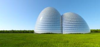 Edificio conceptual en el campo de hierba cerca del bosque Fotografía de archivo libre de regalías