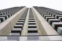 Edificio concreto alto Fotografía de archivo